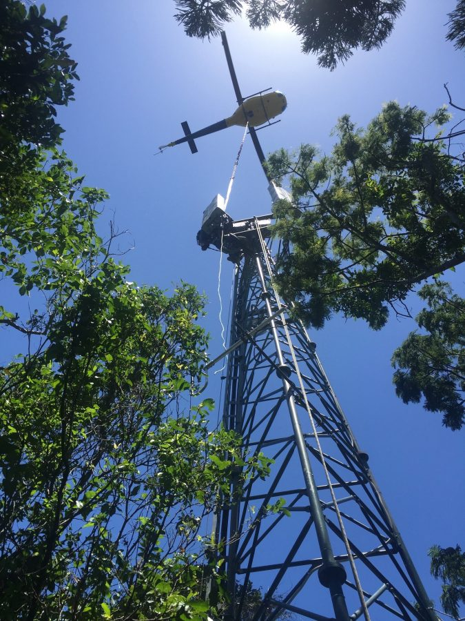 Bell 204 Helicopter-lift - Mobile Phone tower