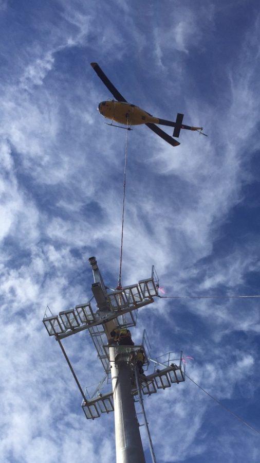 Bell 214 Heli-lift - Skyline Tower