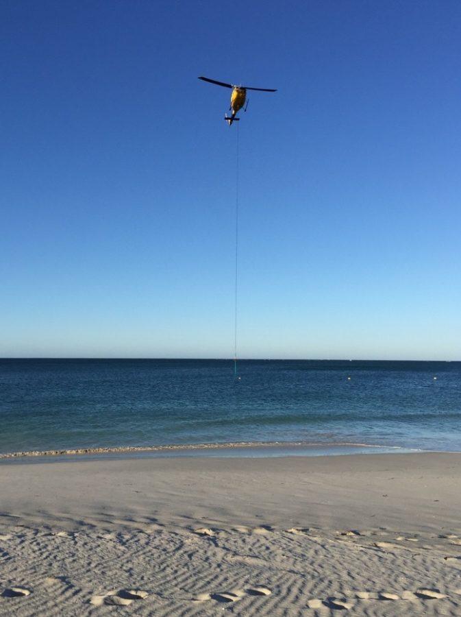 Bell 214 Beach Heli-lift
