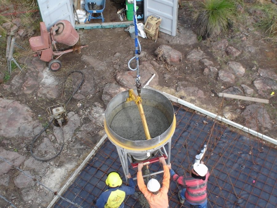 Concrete pour Heli-lift
